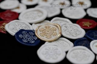 Christmas sealing wax medallions