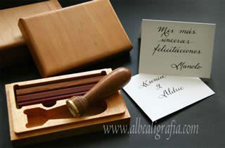 Classic sealing wax set with a personalized note